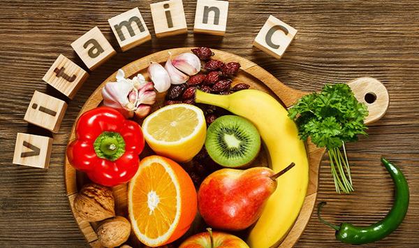 thuc pham giau vitamin c & e